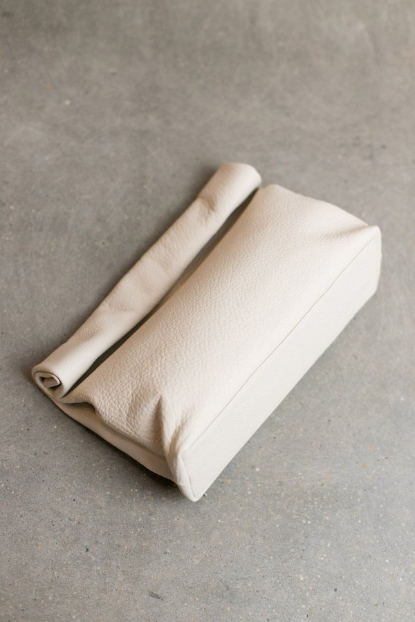 MARIE TURNOR LUNCH CLUTCH - OFF-WHITE