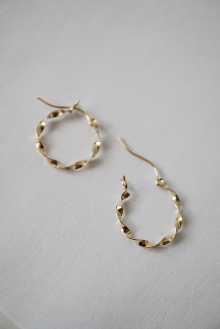 Foe and dear Ribbon Hoops - 14k Gold
