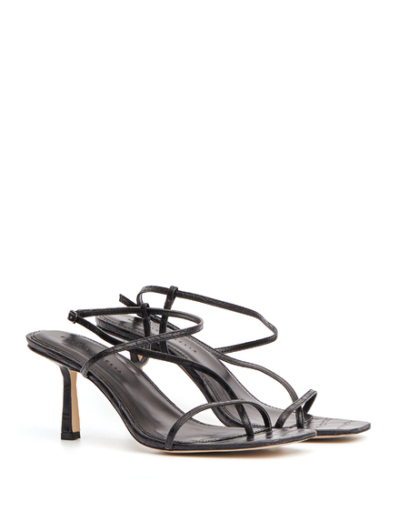 Studio Amelia Leather Flip Flop Sandals - Black