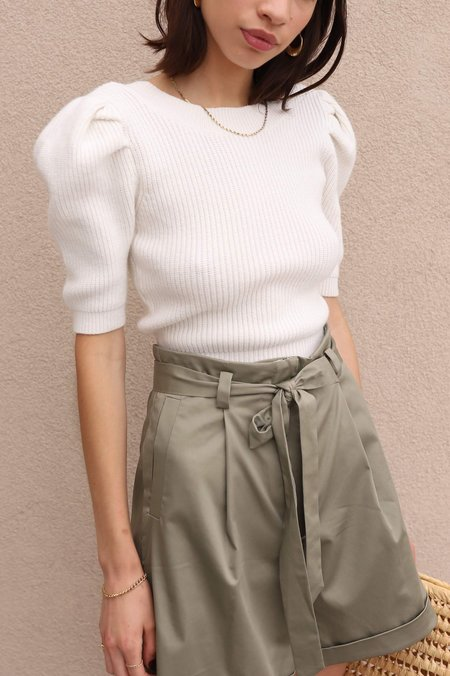 ASTR The Label Puff Sleeve Sweater - White