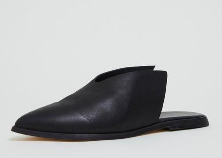 Wal & Pai Cliff Mules - Black