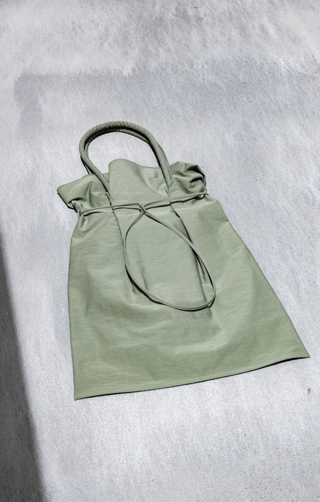 BUILDING BLOCK GARMENT BAG - SAGE CRINKLE