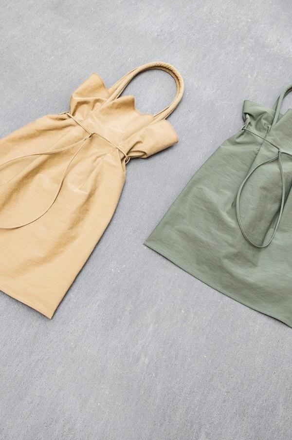 Building Block Garment Bag