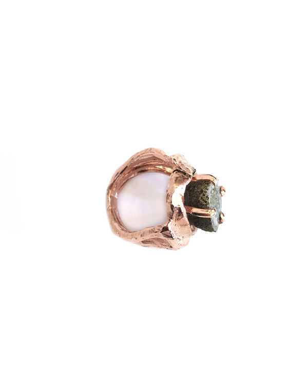 Unearthen Ours Ring in Rose Gold with Tabasco Geode
