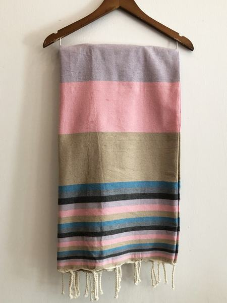 FOCAL POINT HOME Fouta Towel - Pink
