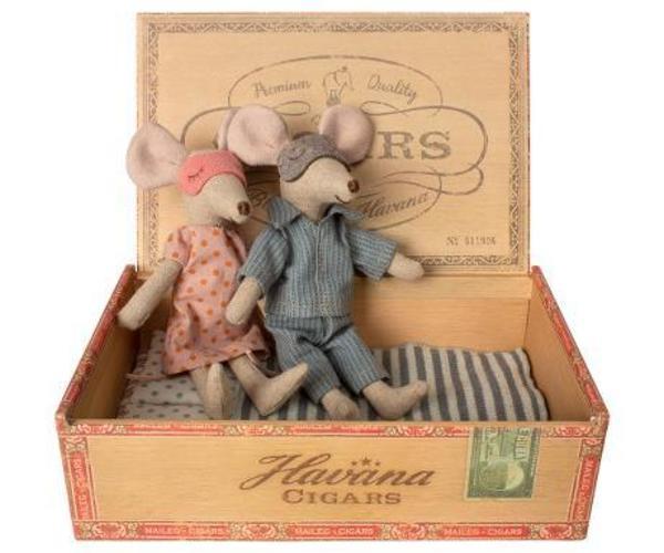 Kids Maileg Mum and Dad Mice Cigarbox