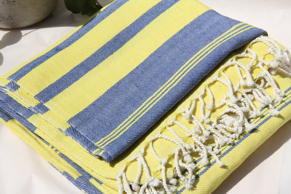 Aish Hank Blanket - Blue/Yellow
