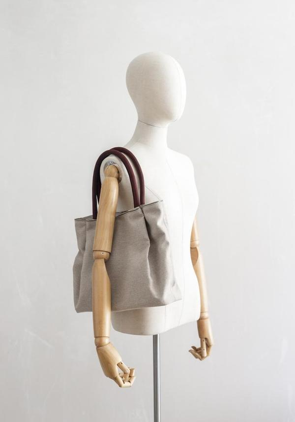 Ash Mohna Midsize Heritage Linen Tote Bag