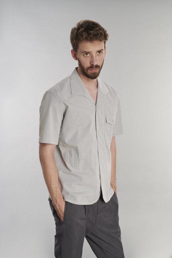 Delikatessen Short Sleeve Cotton Seersucker Shirt - Grey Stripe