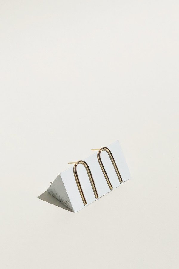 Wolf Circus Cove Earrings - Gold