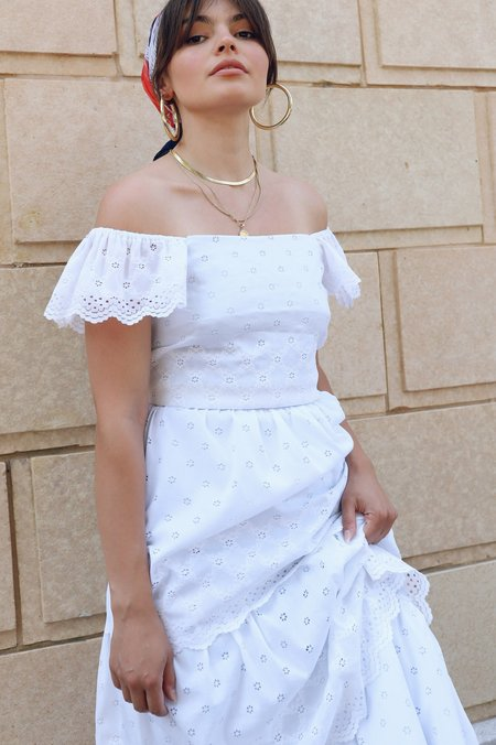 Vintage Tiered Lace Maxi Dress - White
