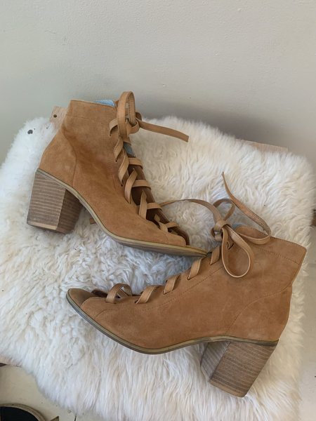 [pre-loved] Silent D Lace Up Heels - Tan