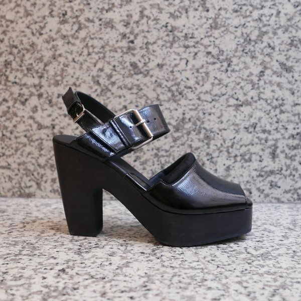 Rachel Comey Sora Crinkle Patent Leather Clog - Black
