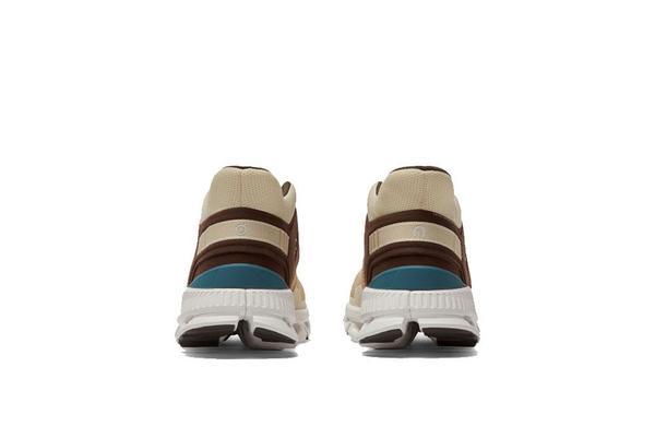 ON running Cloud Hi Edge Sneaker - Sand/Brown