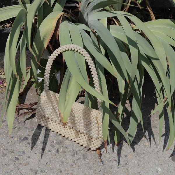 Kintsugi Pearl Beaded Bag