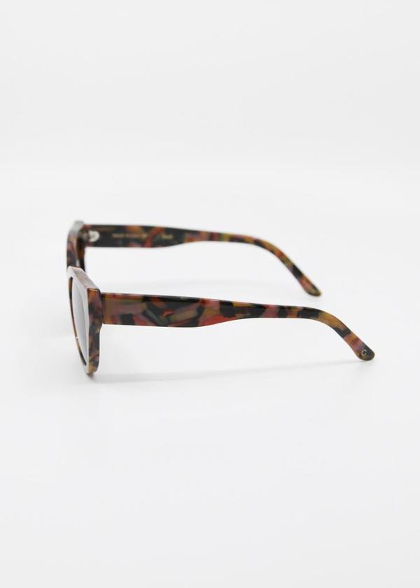 CARLA COLOUR Barton Sunglasses - Marble