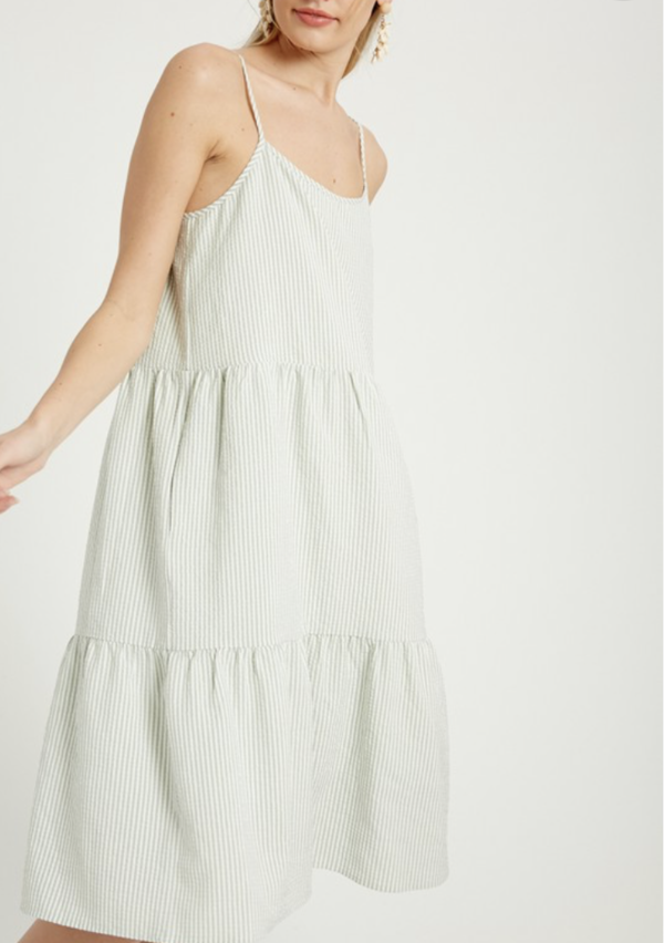 Wishlist Sage Tiered Midi Dress - Sage/White