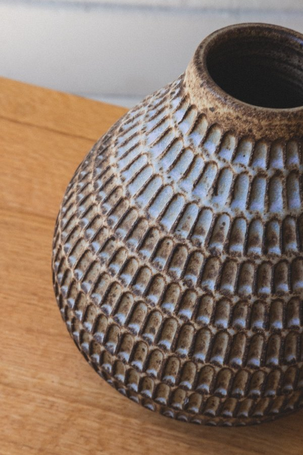 Mt Washington Pottery KNOTCHED VASE