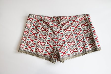 [pre-loved] Talitha Embroidered Shorts - multicolor