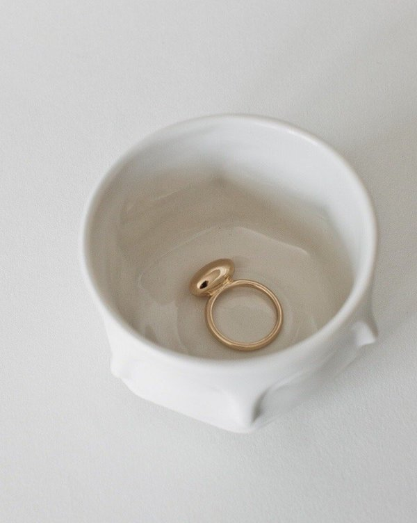 Common Muse Una Form Ring - Gold