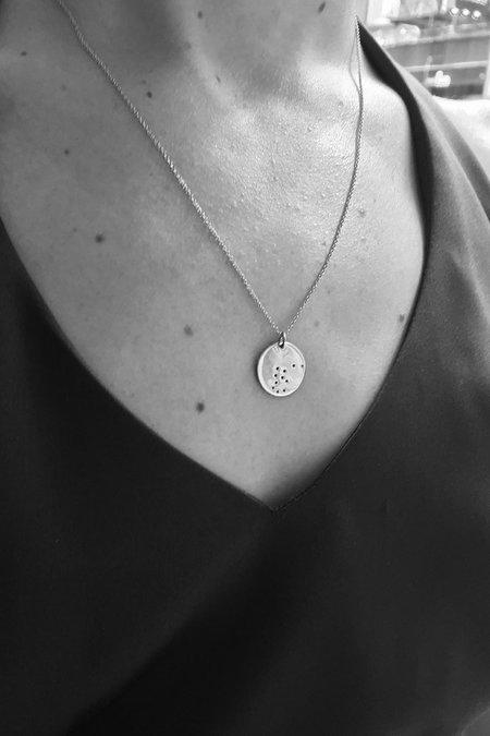 Trine Tuxen Mini Leo Pendant - Gold