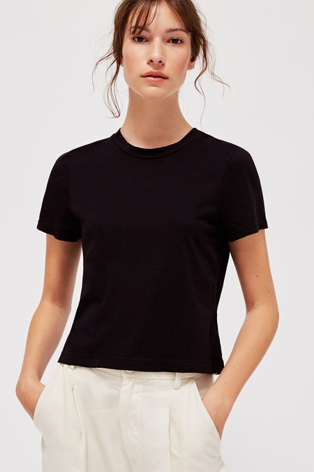 Lacausa FOSTER TEE - BLACK