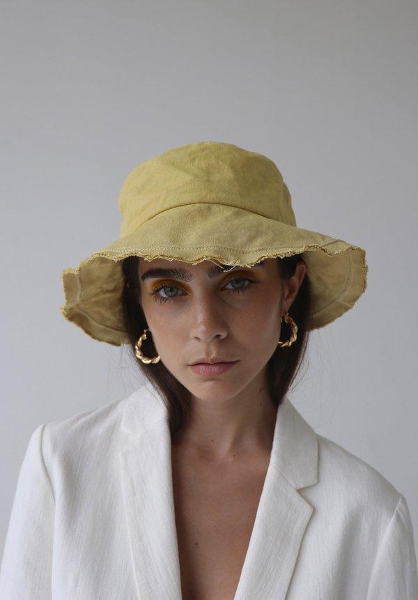 Avenue the label Riviera Bucket Hat