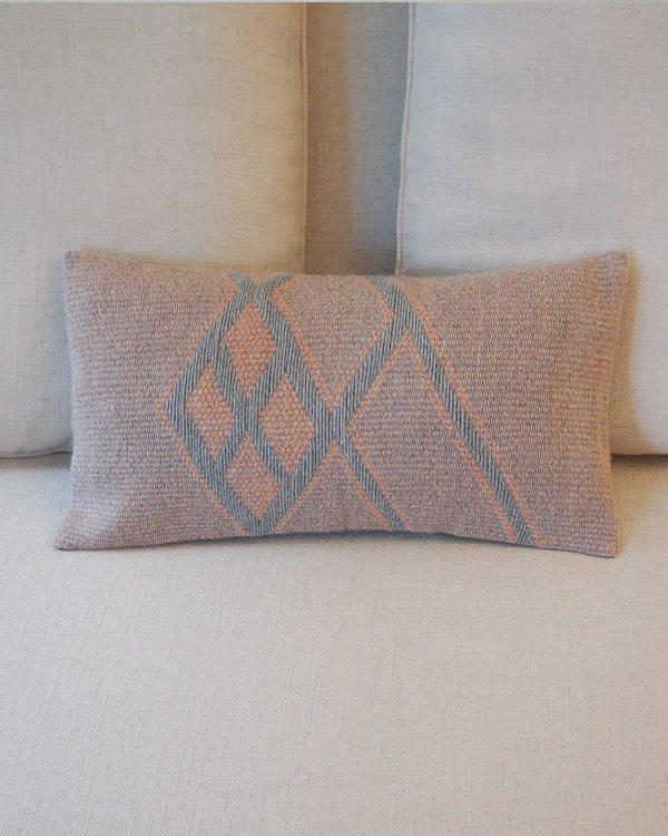 VOZ Che Lumbar Pillow - Rose
