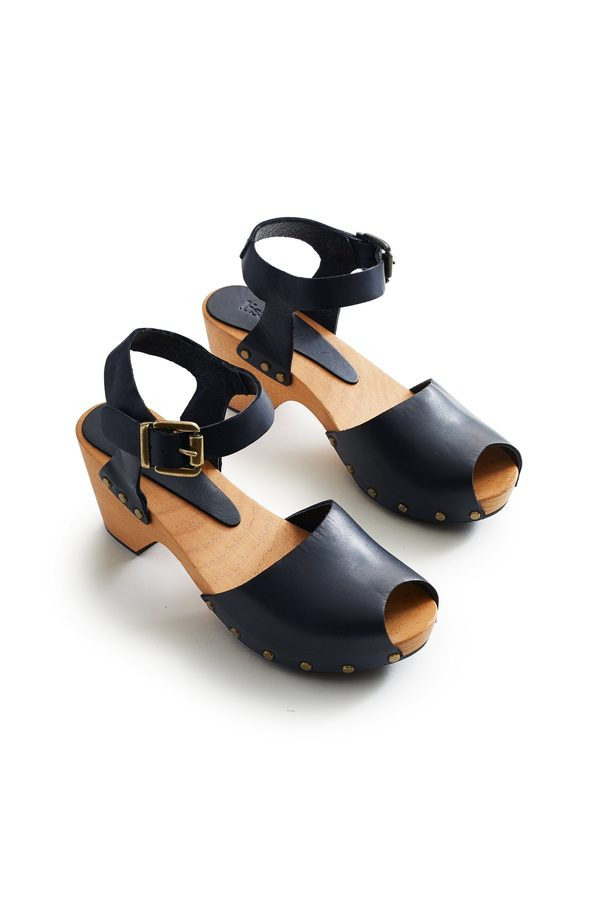 Lisa B. leather peep toe clogs - dark navy