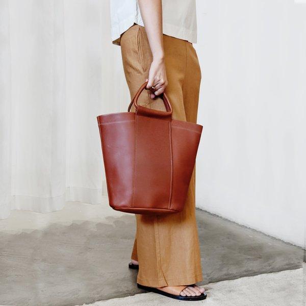 Poketo Petit Bucket Bag - Cognac