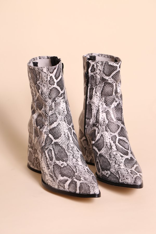 """""""INTENTIONALLY __________."""" LIMA Boot - Off White Python"""