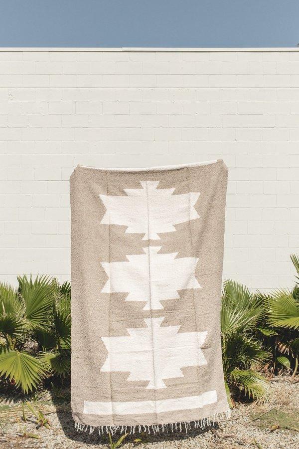 Petra De Luna Palenque Blanket - Beige