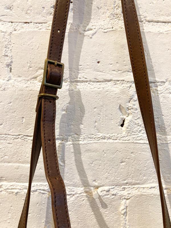 Pas de Calais Leather Crossbody Purse - Nutmeg