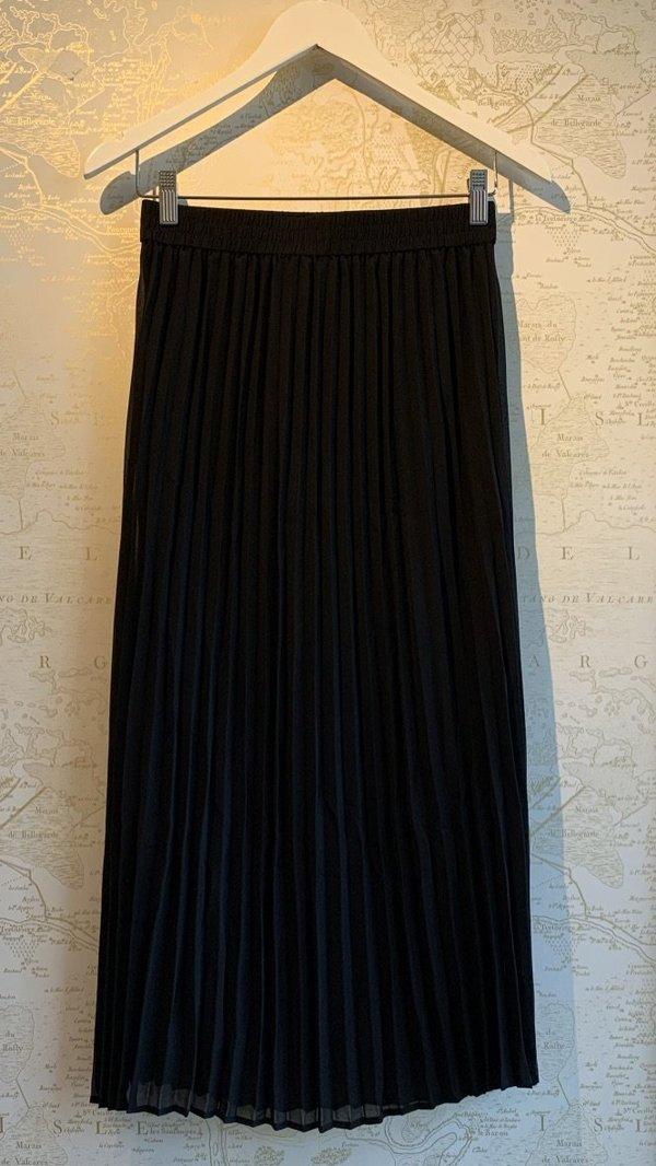 Just Female Roe Pleated Skirt