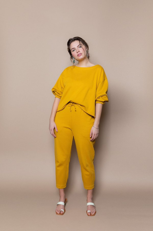 Soft Focus The Taper Jogger -Gold