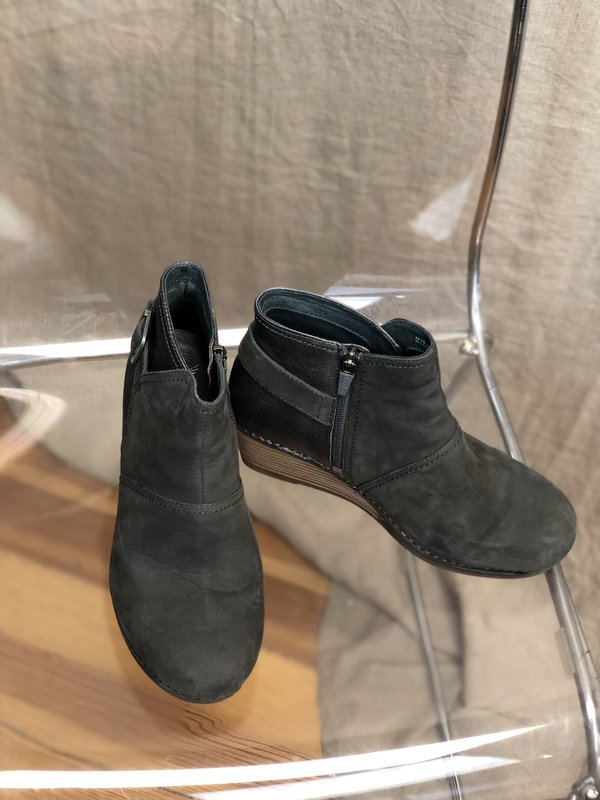 [Pre-loved] Dansko Wedges - Grey