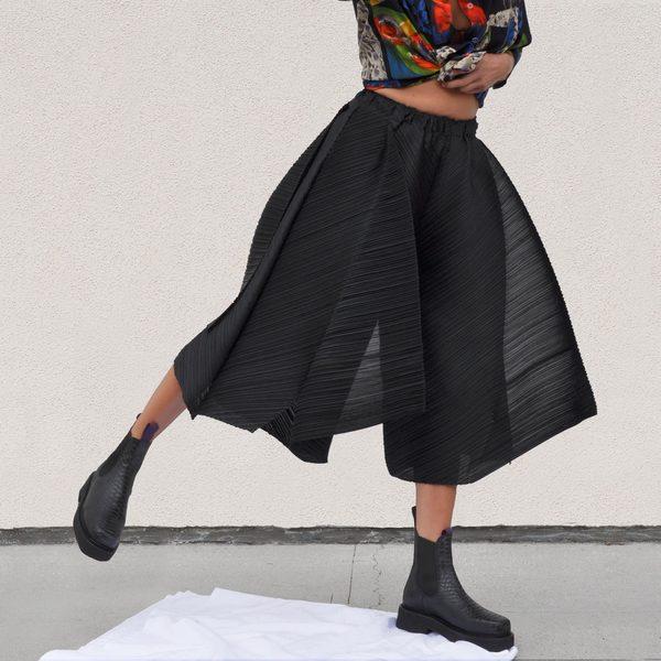 Issey Miyake Motion Colors Culottes