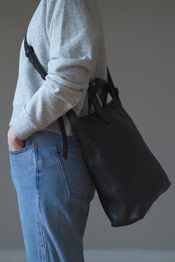 Le Bas Medium Bag - Black
