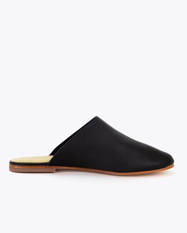 Nisolo Lima Slip On - Black