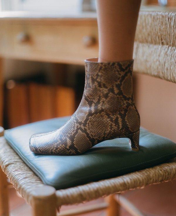 LOQ Monica Boots - Castaña Python