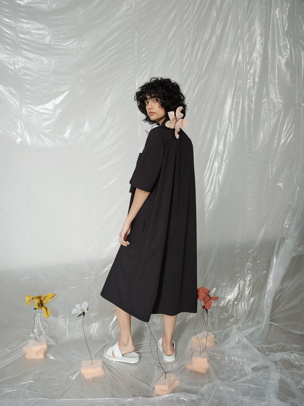 Odeyalo RHUBARBE black shirt dress - M/L with a wrongly placed buttonhole