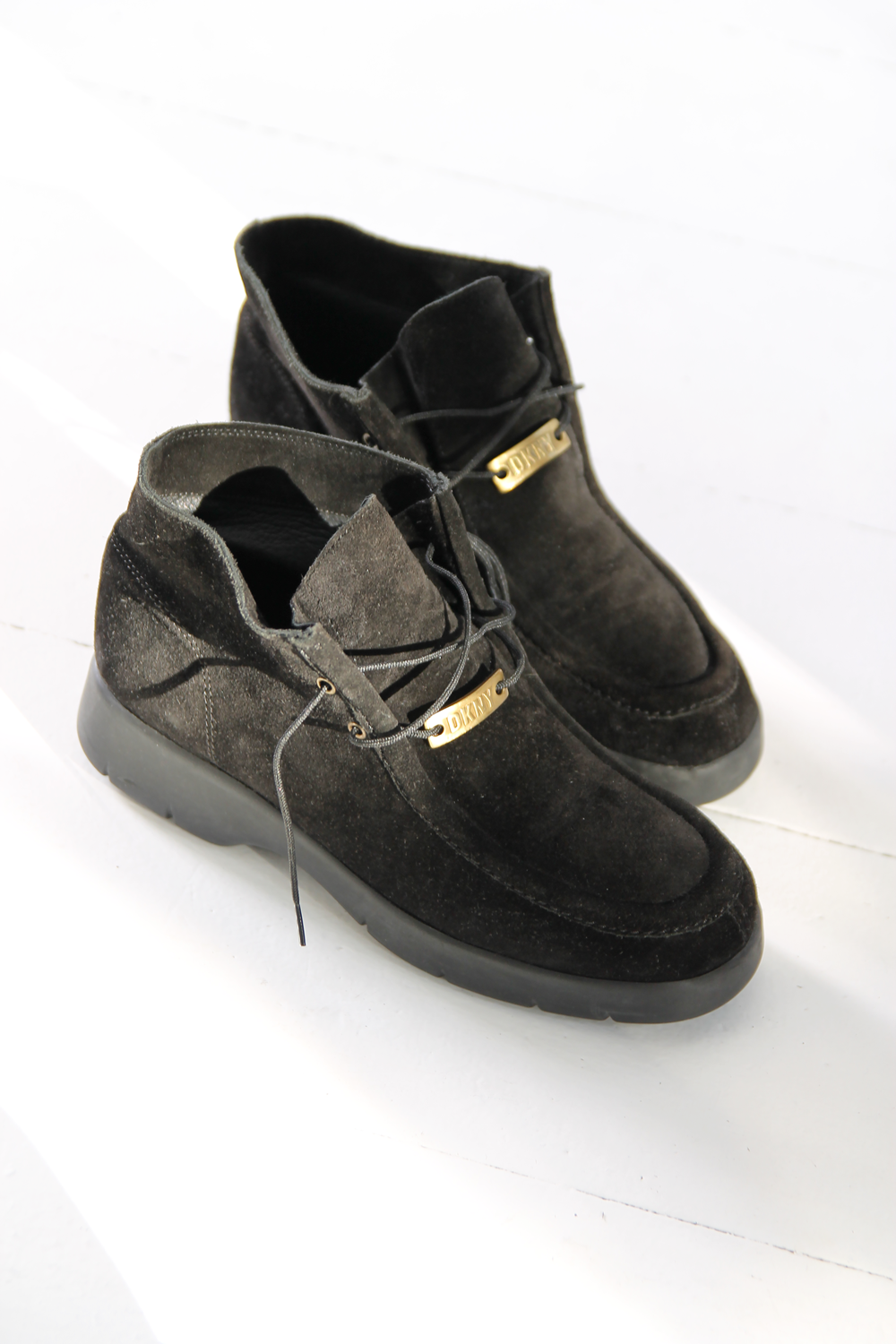 369c490f822 DUO NYC Vintage DKNY Ankle Boots