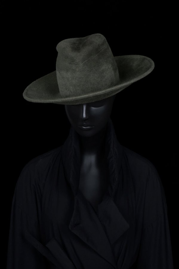 Esenshel Split Wide Curved Brim Hat
