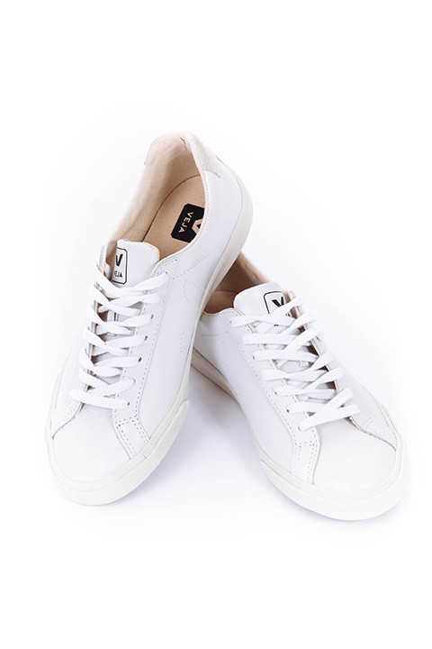 VEJA Esplar Sneakers in Extra White/Natural Puxador