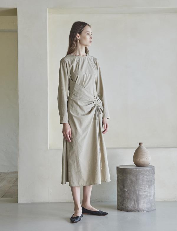 Maison De Ines WAIST SHIRRING DRESS - BEIGE