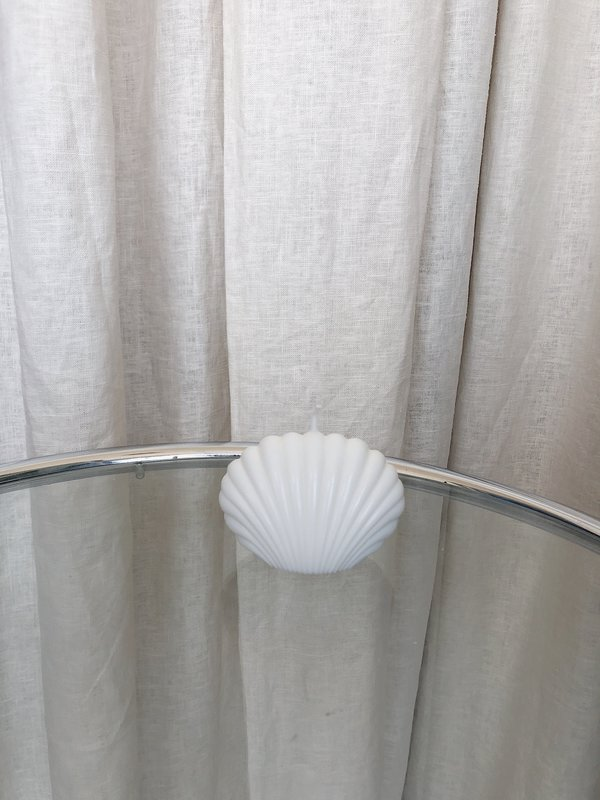 Ri-Ri-Ku SHELL CANDLE - WHITE