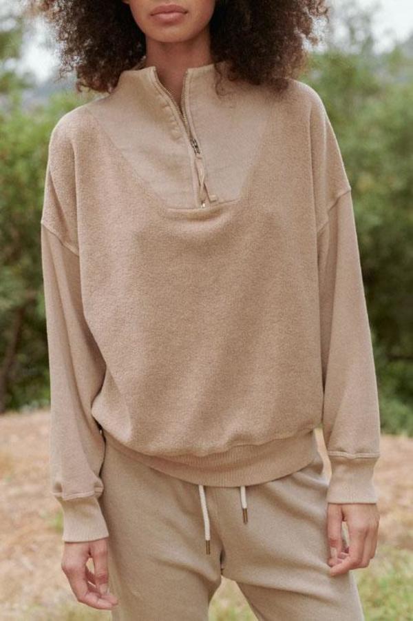 The Great. Trail Sweatshirt - Fawn