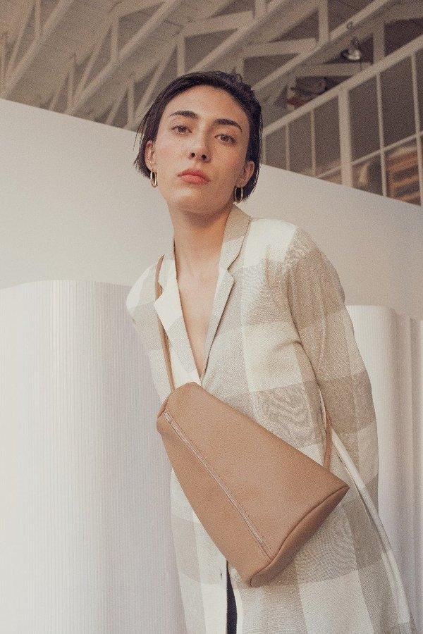 Hannah Emile Prisma Sling Bag - Tawny Leather