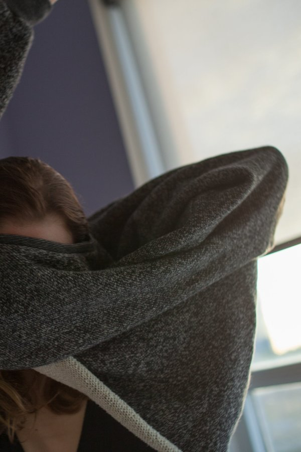 Unisex Devlyn Van Loon Raglan Crop Sweater - Charcoal