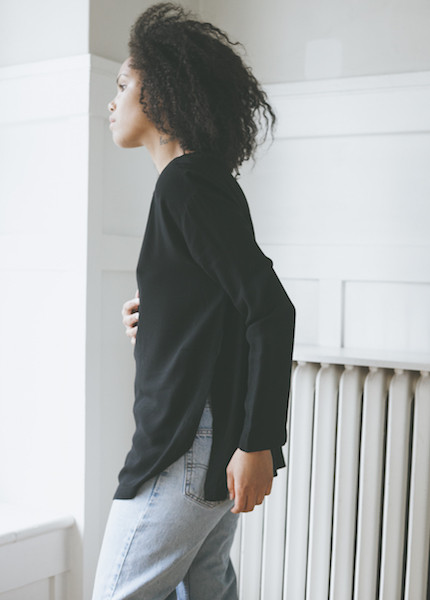 Black Crane Long Slit Top - Black